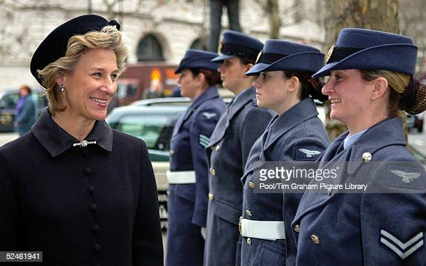 The Duchess of Gloucester attends a memorial service for HRH Princess Alice at St Clement Danes February 2 2005 in London England Princess Alice died...