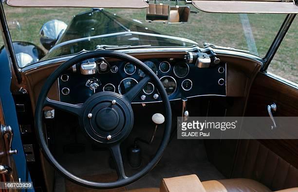 The Duesenberg Model Cabriolet 'J' Aux EtatsUnis en septembre 1966 le cabriolet DUSENBERG modèle 'J' une voiture de collection vue du tableau de bord...