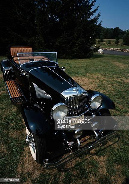 The Duesenberg Model Cabriolet 'J' Aux EtatsUnis en septembre 1966 le cabriolet DUSENBERG modèle 'J' une voiture de collection