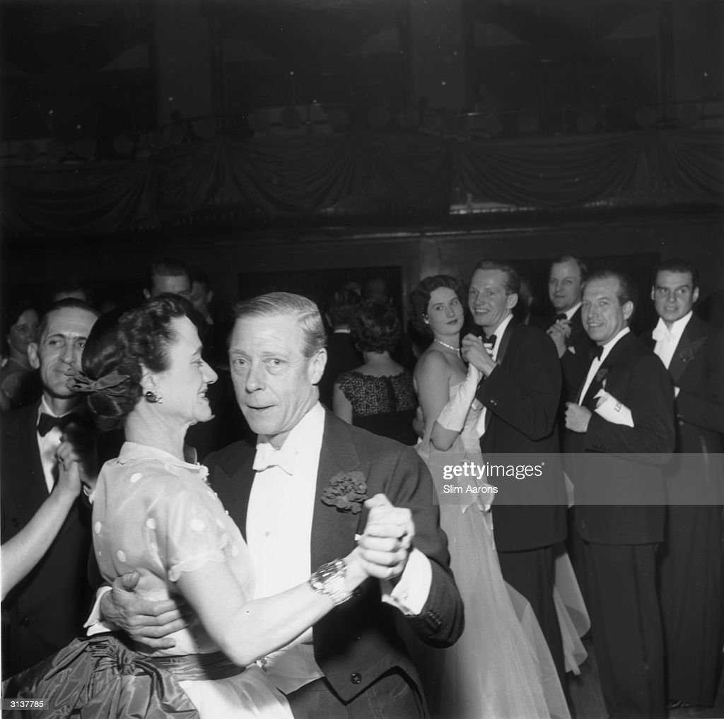 The Duke (1894 - 1972) and Duchess of Windsor (1896 - 1986) dancing at the Waldorf Astoria, Park Avenue, New York.