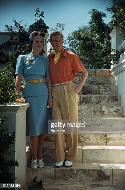 The Duke and Duchess of Windsor standing on stone steps