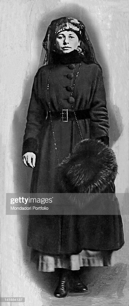 The Dutch spy and dancer Mata Hari posing holding a fur hat in her hand 1917