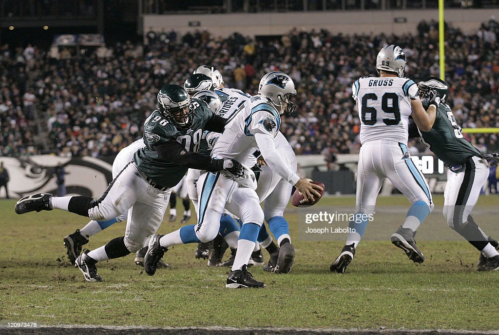 The Eagles Mike Patterson pressures Carolina Quarterback Jake Delhomme The Philadelphia Eagles defeated the Carolina Panthers 27 to 24 at Lincoln...