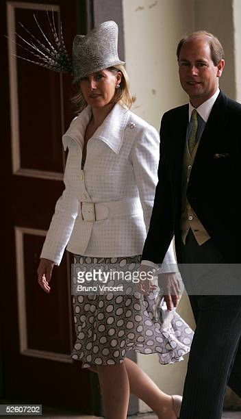 The Earl and Countess of Wessex arrive for the Civil Ceremony for the marriage between HRH Prince Charles Mrs Camilla Parker Bowles at The Guildhall...