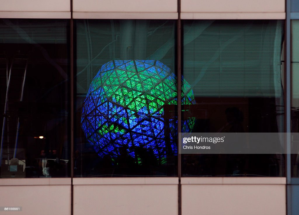 famous windows times square ball goes green in celebration of earth day photos