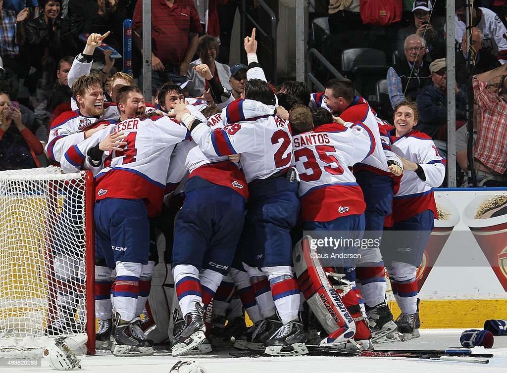 The Edmonton Oil Kings celebrate their victory against the Guelph Storm in the final of the 2014 MasterCard Memorial Cup at Budweiser Gardens on May 25, 2014 in London, Ontario, Canada. The Oil Kings defeated the Storm 6-3 to win the 2014 MasterCard Memorial Cup.