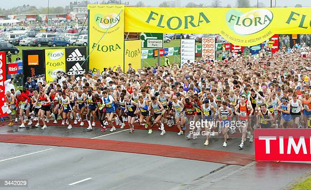 The elite men start off on the 2004 Flora London Marathon at Blackheath on April 18 2004 in London