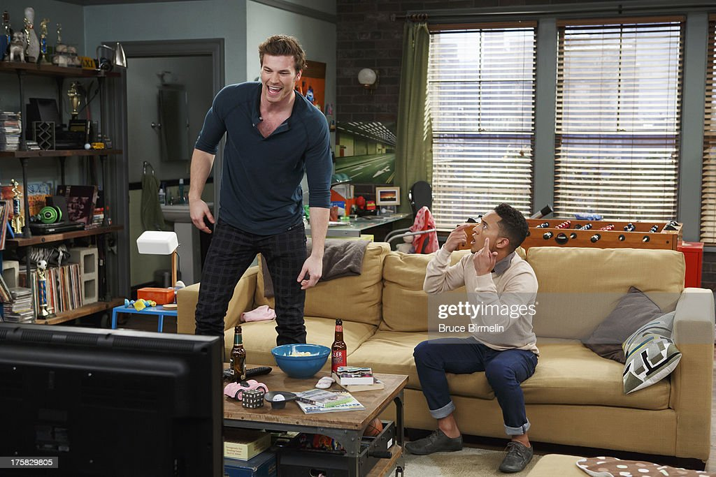 when do riley and danny start dating in baby daddy Baby daddy usa, 2012–2017 | [s01e07  währenddessen hilft riley (chelsea kane) danny (derek theler)  do, 19072018 08:35.