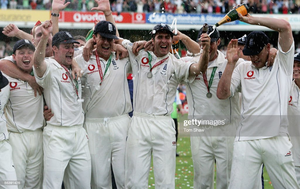 The England team celebrate after regaining the Ashes during day five of the Fifth npower Ashes Test match between England and Australia at the Brit...