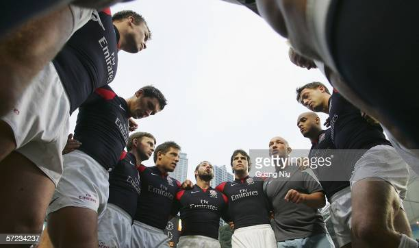The England team gather for a huddle before the Final against Fiji on day three of Hong Kong Rugby Sevens Tournament on April 2 2006 in Hong Kong...