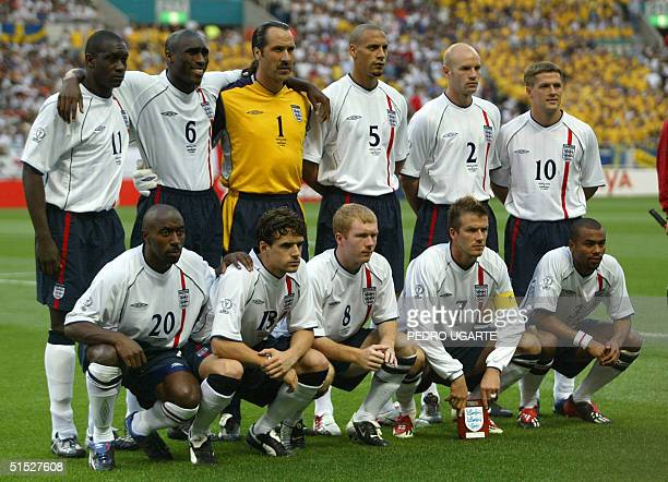 The English team poses before the start of match 5 group F of the 2002 FIFA World Cup Korea Japan opposing England and Sweden in Saitama Japan 02...