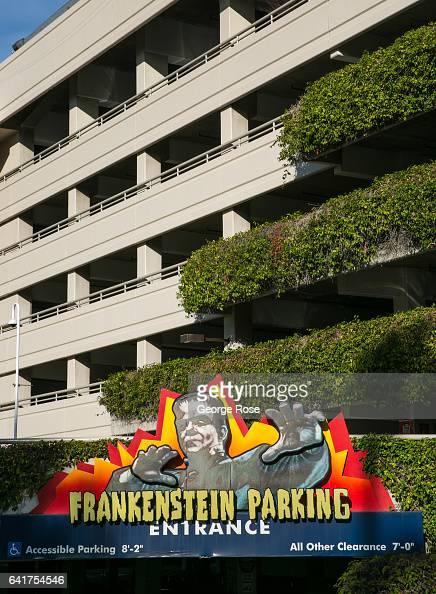 Parking exterieur nature mer photos et images de for Parking exterieur