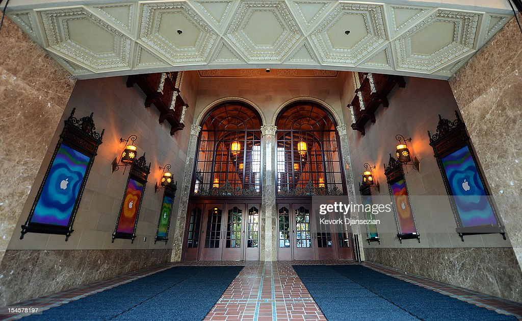 The entrance to the historic California Theater is lined with signage for an 'Apple special event' on October 22, 2012 in San Jose, California. Apple is set to introduce its long-rumored iPad Mini during a news conference on Tuesday.