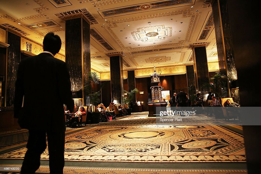 The entrance to the Waldorf Astoria the landmark New York hotel is viewed on October 6 2014 in New York City It was announced on October 6 that...