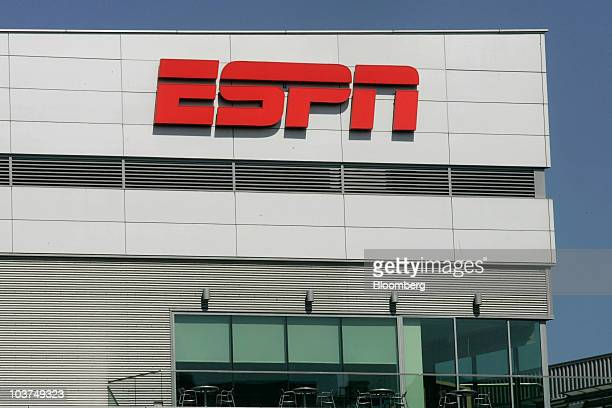 The ESPN logo is displayed outside LA Live which houses the ESPNZone in Los Angeles California US on Tuesday Aug 31 2010 Time Warner Cable Inc's...