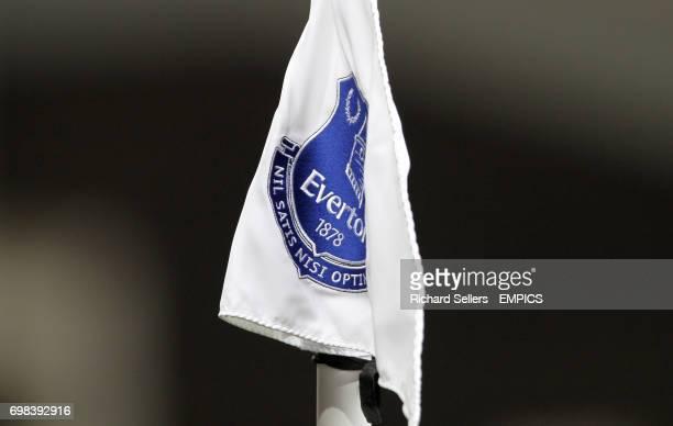 The Everton crest on a corner flag
