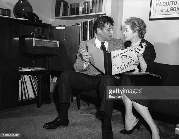 The extensive Bernstein collection of records contains not only the famous classics but also such representatives jazz selections as the 'hot'...