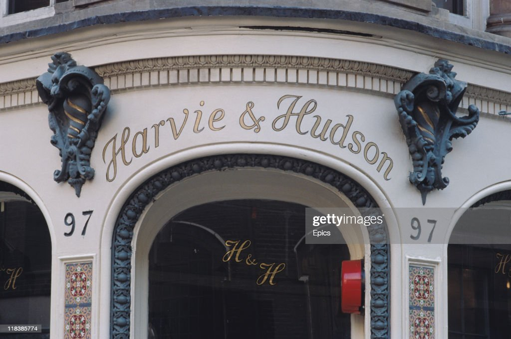 The exterior of famous shirt makers Harvie and Hudson on Jermyn Street Piccadilly London England circa 1990 Thomas Harvie and George Hudson opened...