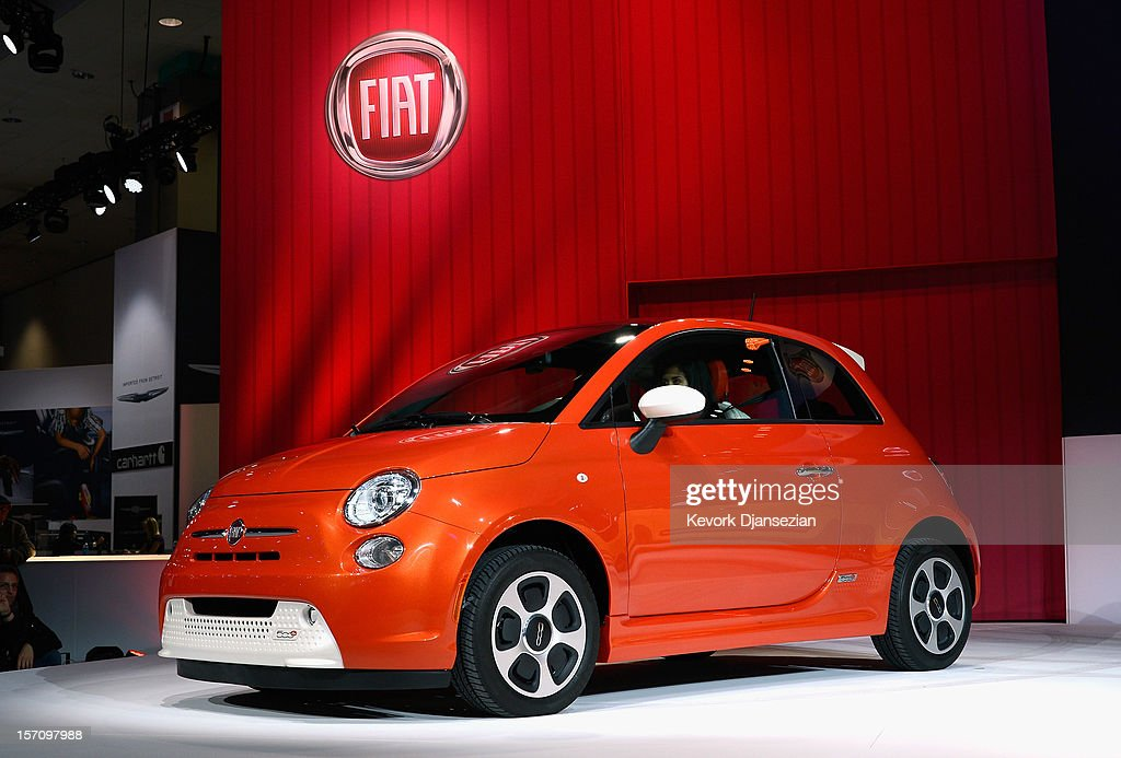 The Fiat 500e electric car is unveiled during the Los Angeles Auto show on November 28 2012 in Los Angeles California The LA Auto Show opens to the...