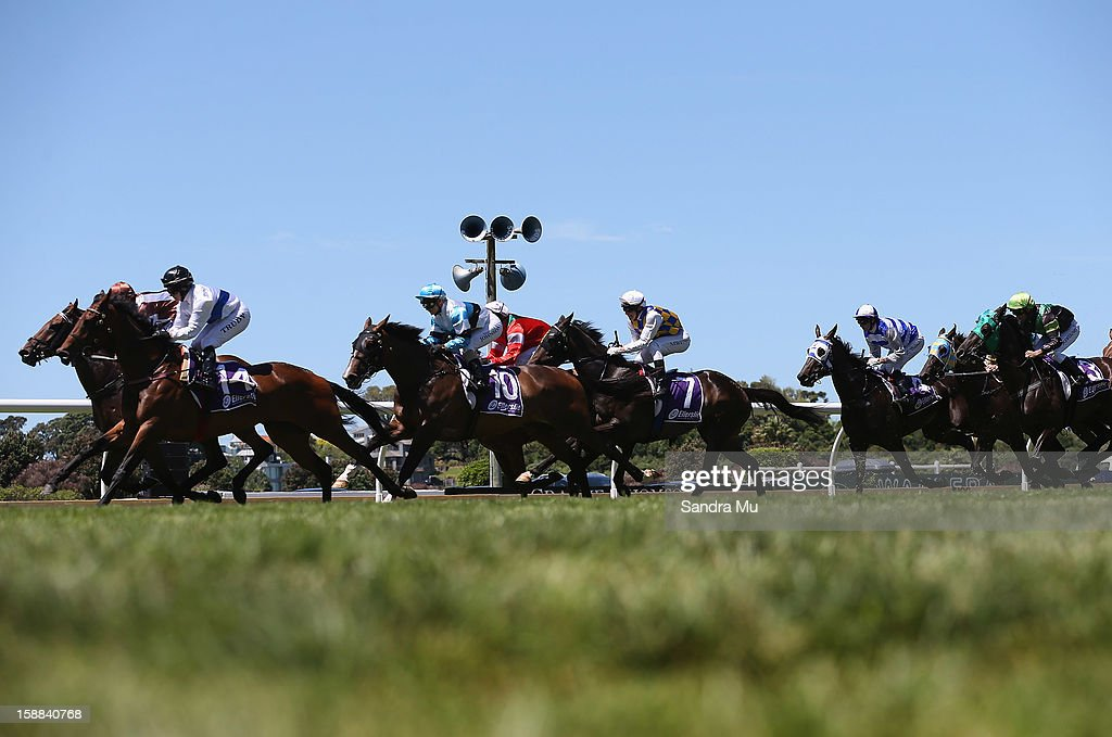 The field pass during the Dunstan Feeds Championship Final at Ellerslie Racecourse on January 1, 2013 in Auckland, New Zealand.