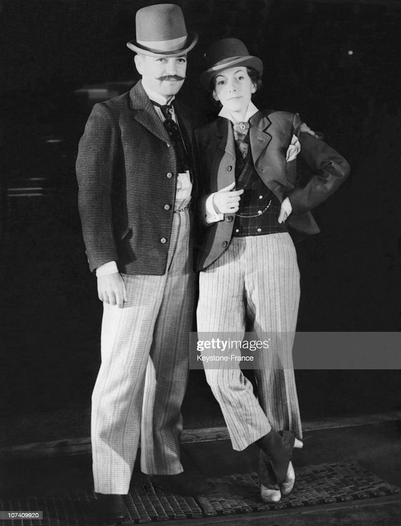 The Film Director Charles Vidor And His Wife During A Costume Party At Holywood On October 8Th 1933.