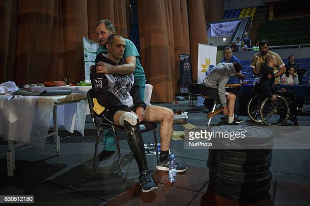 The final competition of quotHeroesquot crossfit challenge in Kiev December 24 2016 fifteen of the former Ukrainian soldiers who have become disabled...