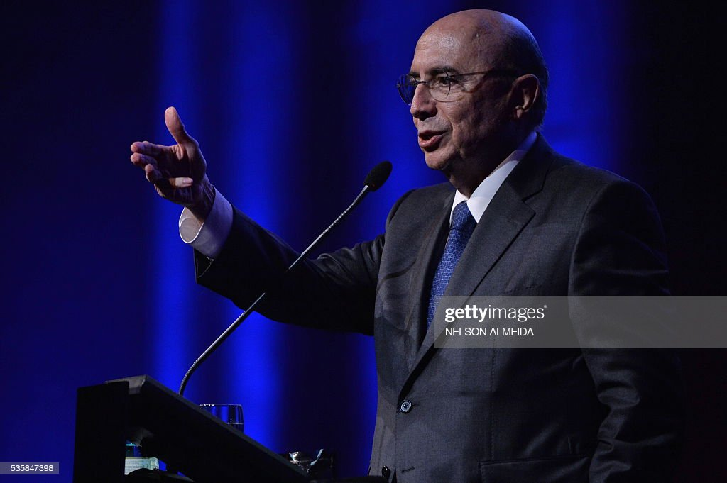 The Finance Minister in Brazil's interim government, Henrique Meirelles, speaks during the Economic Forum at the Brazil-France Chamber of Commerce in Sao Paulo, Brazil, on May 30, 2016. / AFP / NELSON