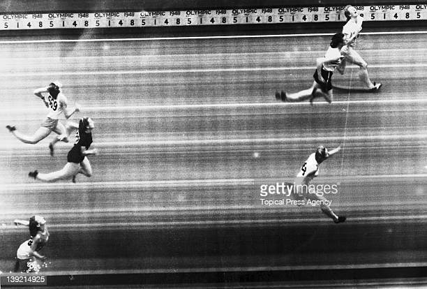 The finish of the women's 80 metres hurdles at the London Olympic Games Wembley Stadium 4th August 1948 The medallists are from top to bottom Fanny...