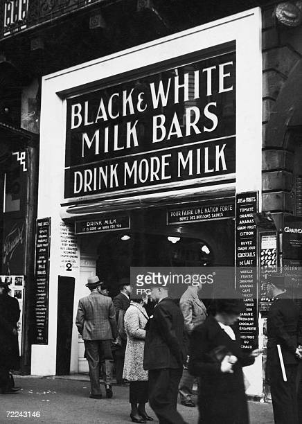 The first Black White Milk Bar to open in Paris attracts attention from passersby 8th March 1938