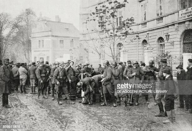 The first Italian troops entering Bolzano Trentino AltoAdige Italy World War I from l'Illustrazione Italiana Year XLV No 47 November 24 1918
