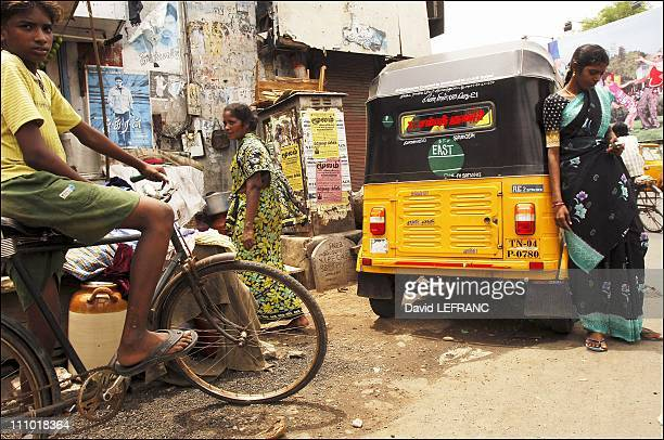 The first lady autorickshaw's driver in Chennai is a very wild and lively young person Jayanthi goes as fast as possible in the crowded streeets of...