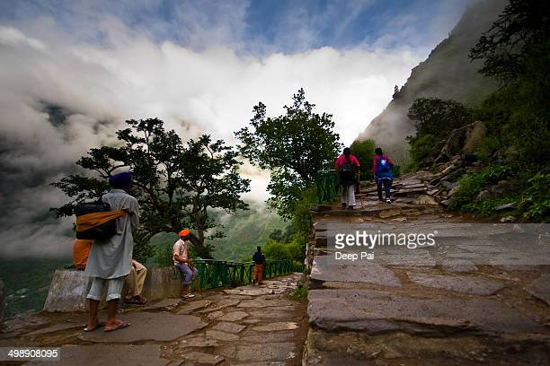 CONTENT] The first leg of the journey to the Valley of Flowers Nation Park This trek of 14 km will take you from Gobindghat to Ghangaria which is a...
