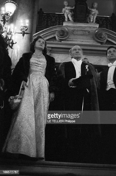 The First Of The Movie 'Napoleon' By Sacha Guitry At The Paris Opera Paris le 10 mars 1955 La première du film 'Napoléon' de Sacha GUITRY à l'Opéra...