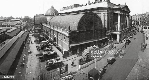 The Floral Hall and Royal Opera House in Covent Garden circa 1910