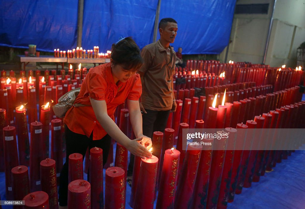 The followers of the Confucian society of Chinese descent who live in the area of Bogor, West Java, starts to visit the monastery Dhanagun to perform prayers and offerings to the Chinese New Year celebration.