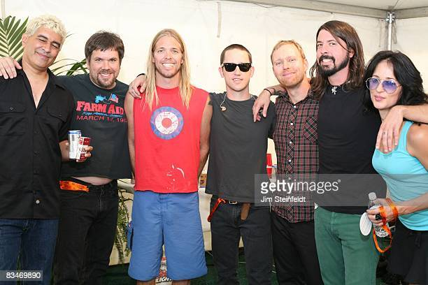 The Foo Fighters pose for a portrait backstage at the Tubes Foo Fighters ZZ Top concert for the 25th Anniversary Love Ride Held at the Fairplex in...