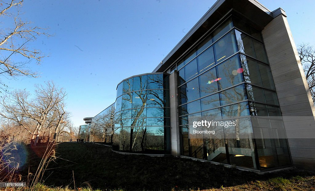 The former Peregrine Financial Group Inc. office building stands during an auction preview in Cedar Rapids, Iowa, U.S., on Tuesday, Dec. 4, 2012. Assets belonging to Russell Wasendorf Sr., founder of the bankrupt commodities firm Peregrine Financial Group Inc., are scheduled to be auctioned off on Dec. 5. Photographer: Steve Pope/Bloomberg via Getty Images