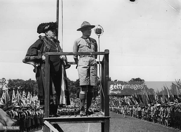 The founder of the Scout movement Robert BadenPowell at the International Jamboree in Plymouth 1936 Photograph Der Gründer der Pfadfinderbewegung...