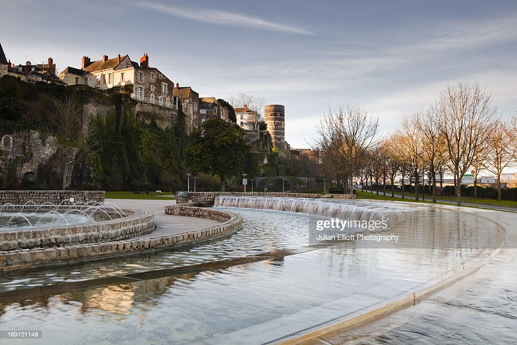 The fountain at Quai Ligny in Angers.