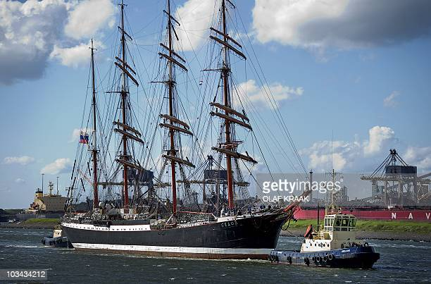 The fourmasted Sedov from Russia makes its way from the Noordersluis in IJmuiden to its berth in Beverwijk the Netherlands on August 18 2010 Tall...
