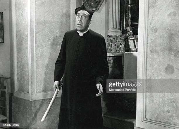 Cassock stock photos and pictures getty images for Don camillo a paris