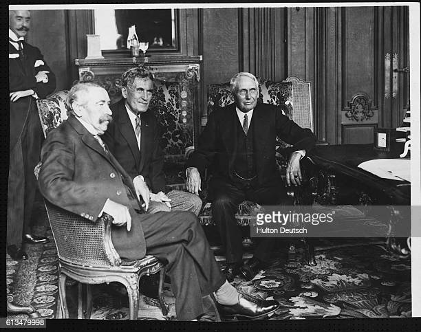 The French foreign minister Aristide Briand with Myron T Herrick and the American Secretary of State Frank Kellogg at the Paris signing of the 1928...