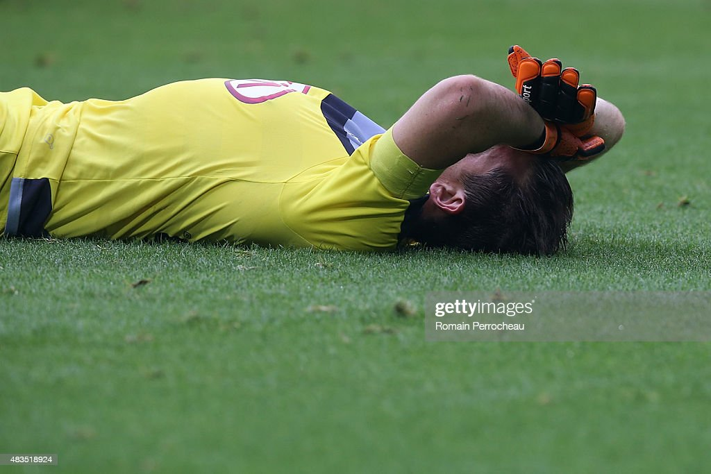 The French goalkeeper <a gi-track='captionPersonalityLinkClicked' href=/galleries/search?phrase=Cedric+Carrasso&family=editorial&specificpeople=661919 ng-click='$event.stopPropagation()'>Cedric Carrasso</a> reacts after the defeat of FC Girondins de Bordeaux between Stade de Reims at Nouveau Stade Bordeaux on August 9, 2015 in Bordeaux, France.