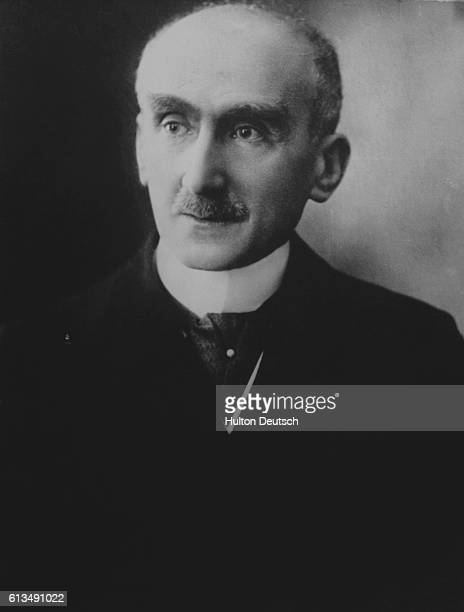 The French philosopher Henri Bergson He wrote Time and Freewill and Creative Evolution He became a cult figure and influenced many other thinkers...