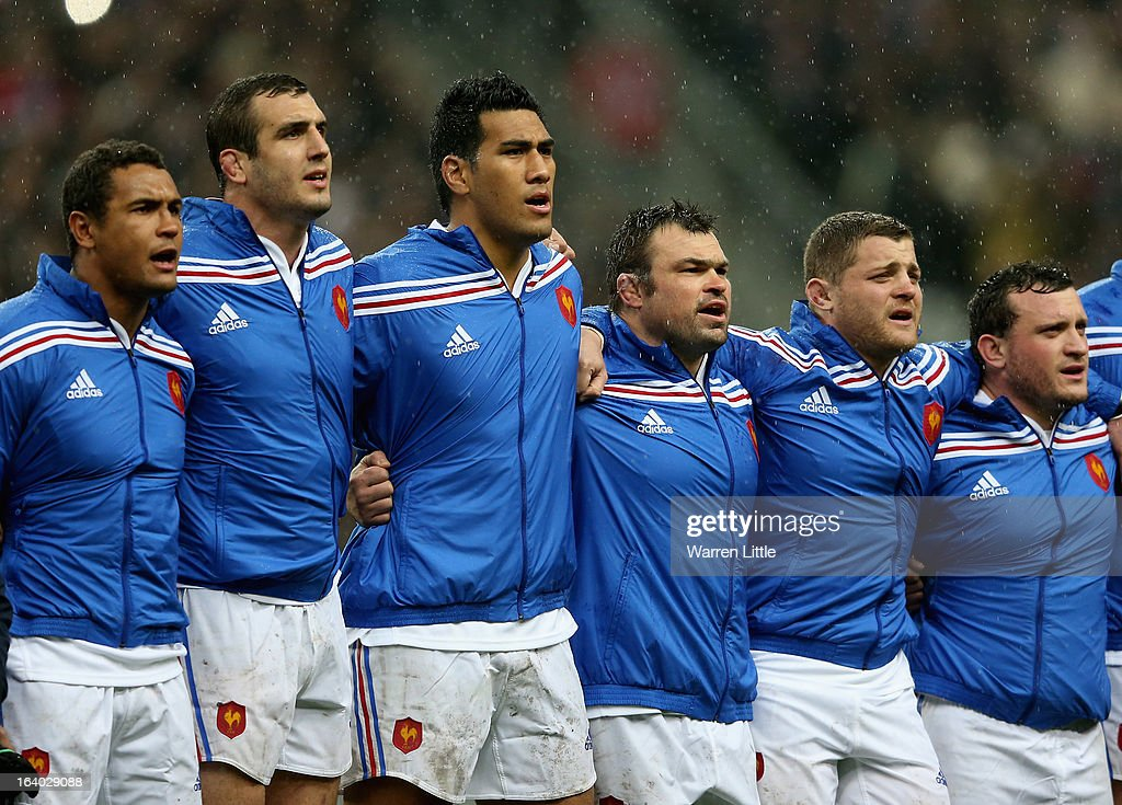 The French players sing the anthem during the RBS Six Nations match between France and Scotland at Stade de France on March 16, 2013 in Paris, France.