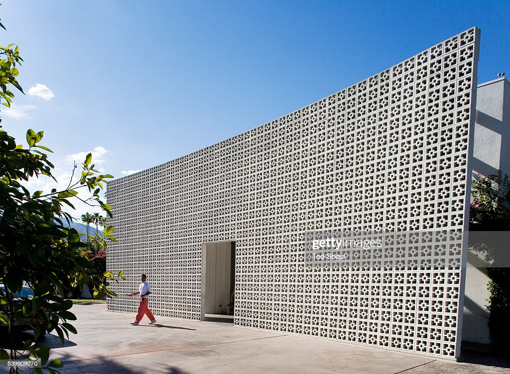 the front entrance of the parker hotel in palm springs formerly gene pictures getty images. Black Bedroom Furniture Sets. Home Design Ideas