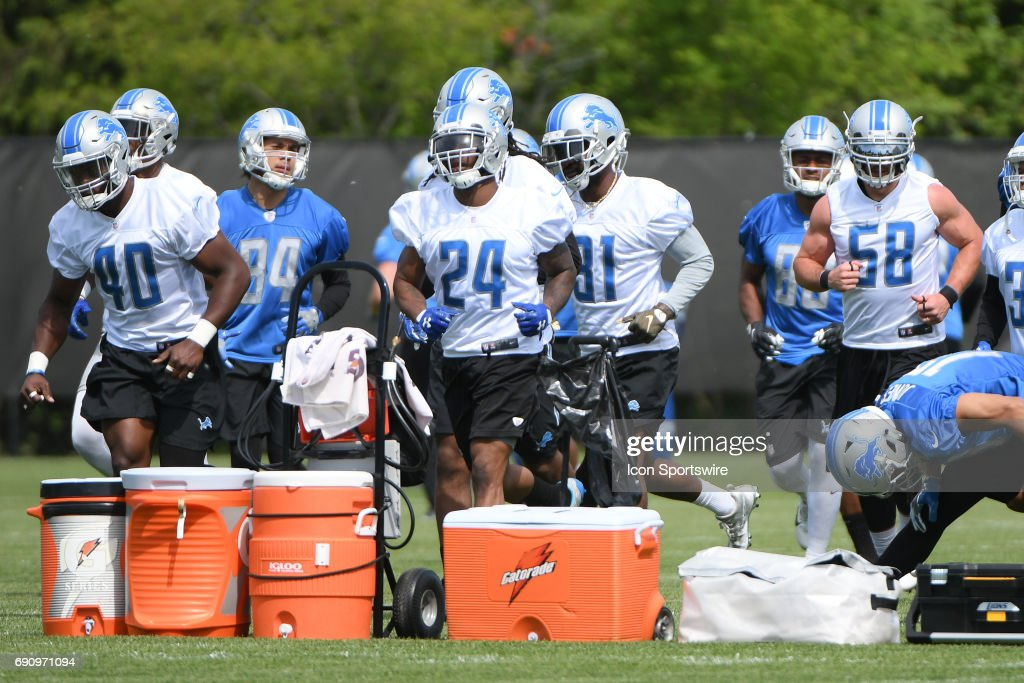 The full squad changes fields for different drills during the Lions team OTA workouts on May 31, 2017 at the Detroit Lions Training Facility in Allen Park, MI