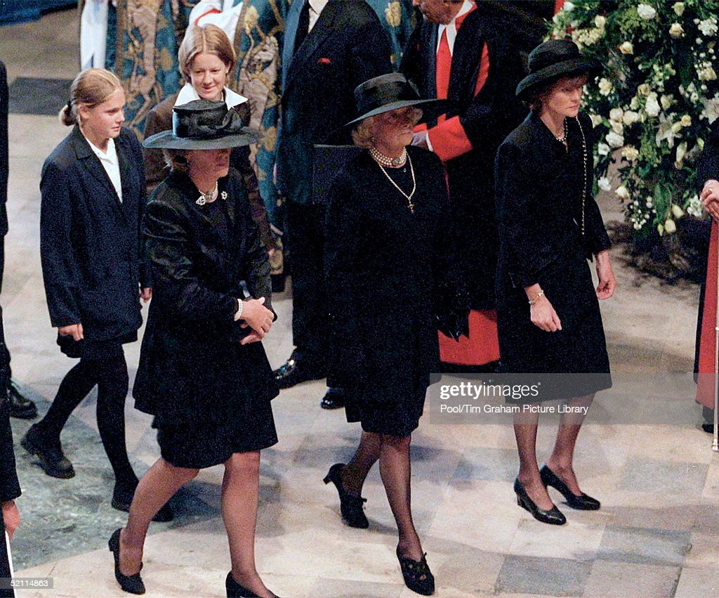 The Funeral Of Diana, Princess Of Wales, At Westminster Abbey In London. (l To R) Jane Fellowes, Mrs Frances Shand-kydd And Lady Sarah Mccorquodale. Behind Them Are Eleanor And Laura Fellowes.