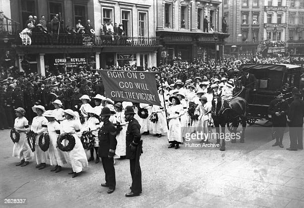 The funeral procession of the English suffragette Emily Davison