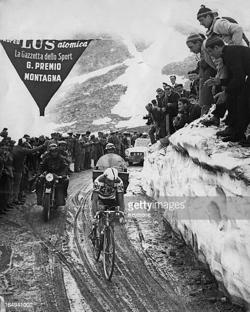 The Gavia Pass in the Italian Alps during the Tour of Italy 8th June 1960